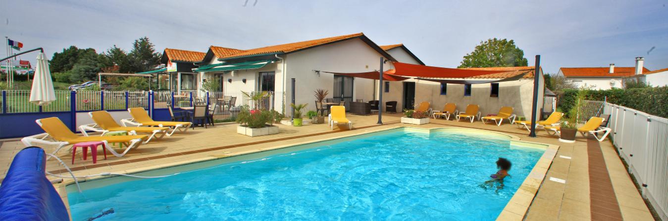 Hôtel-Oléron-avec-piscine